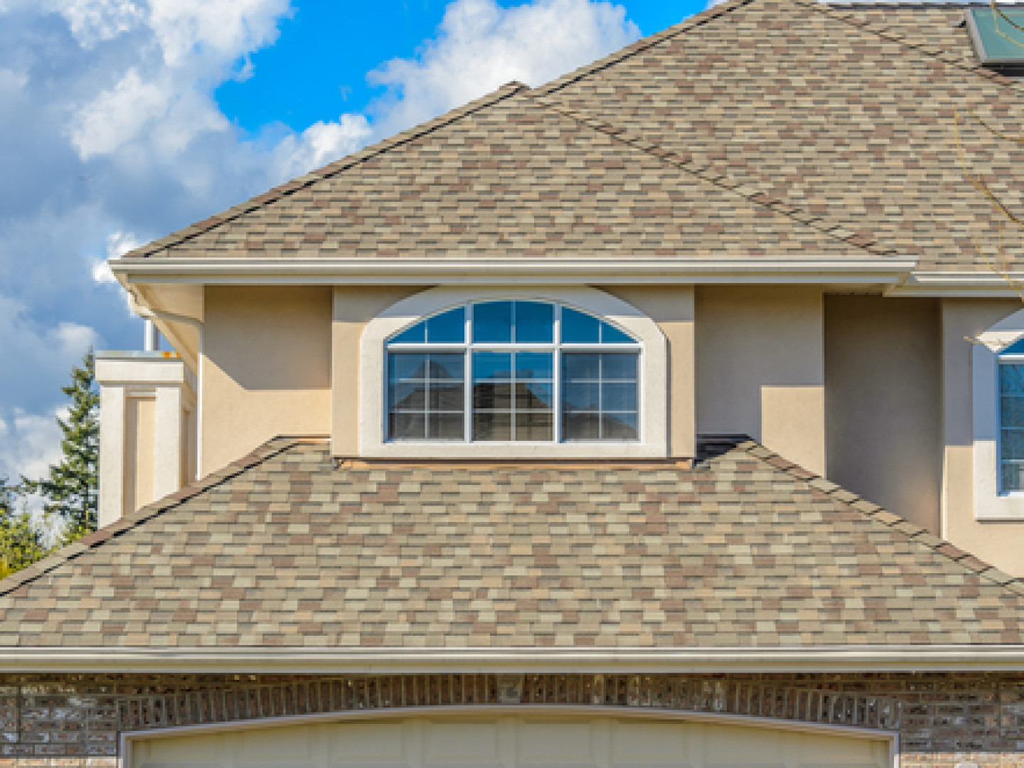 In Need of a New Roof in the Katy, Sugar Land, Houston, TX or Lake Charles, LA Area?